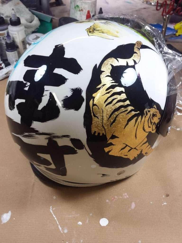 Aerografia casco cinese - Giampiero Abate (1)